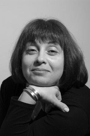 Елена Газарова — клинический психолог, аналитик, соматический психотерапевт, тренер-супервизор.